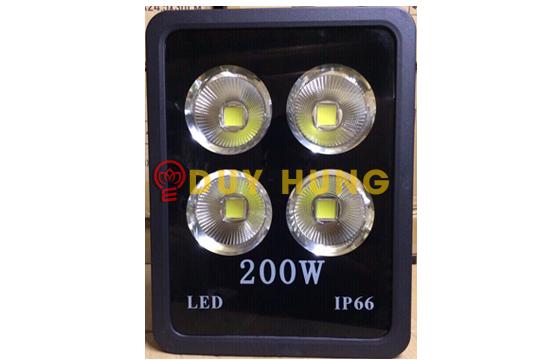 den-led-pha-200w